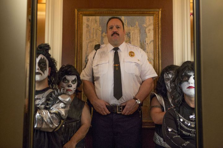 paul-blart-2_mini-KISS