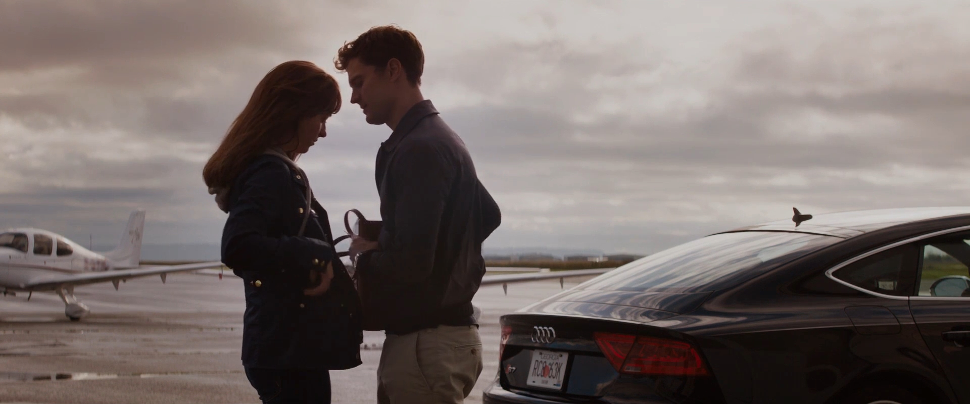FIFTY SHADES OF GREY Or Love Means Never Having To Sign